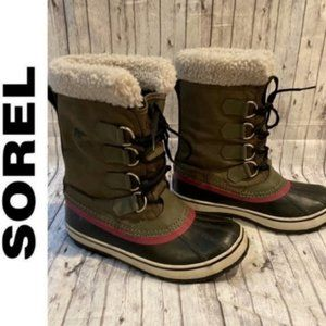Sorel Winter Carnival Boots in Peat Moss/Plum
